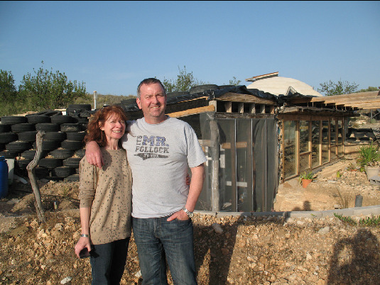 Julia and Colin at the earthship