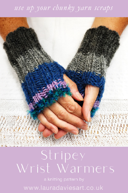 stripey wrist warmers 735x1102